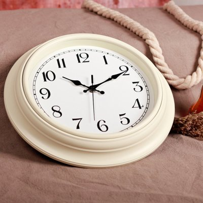 Zaoniy Home Silent And Non-Ticking Sound Wall Clock