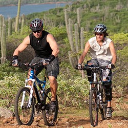 Plan your vacation with Active Caribbean Travel – Go cycling / mountain biking in Bonaire and see the island at a different pace!