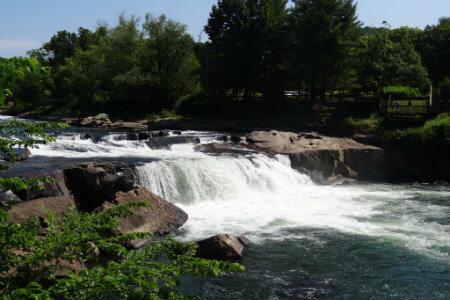 the falls at ohiopyle state park near pittsburgh pennsylvania