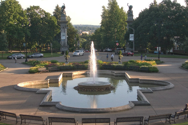 highland park is located in the east end of the city of pittsburgh