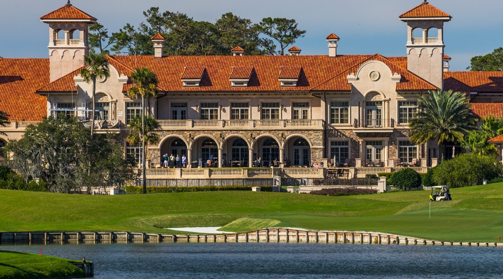 TPC Sawgrass 18th hole and Clubhouse