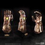 Collectable Avengers Infinity Gauntlet Replica/Prop