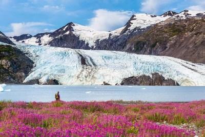 Portage Glacier hike over pass to lake shore © Michael DeYoung