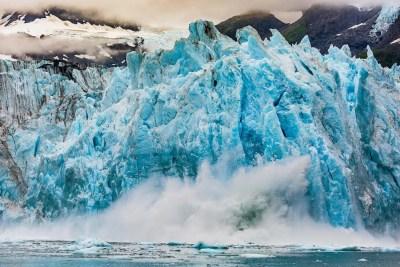 Calving glacier © Michael DeYoung