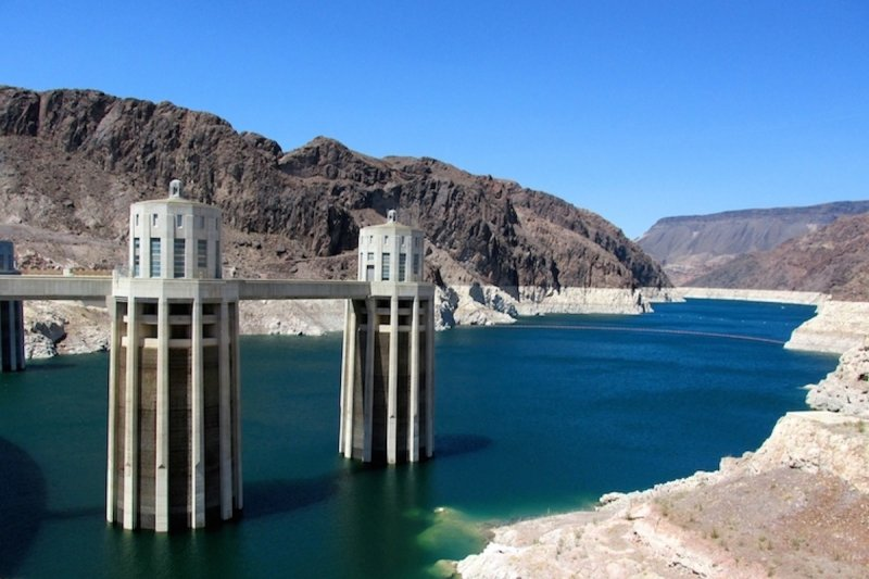 Paddle Boarding the Hoover Dam Nevada
