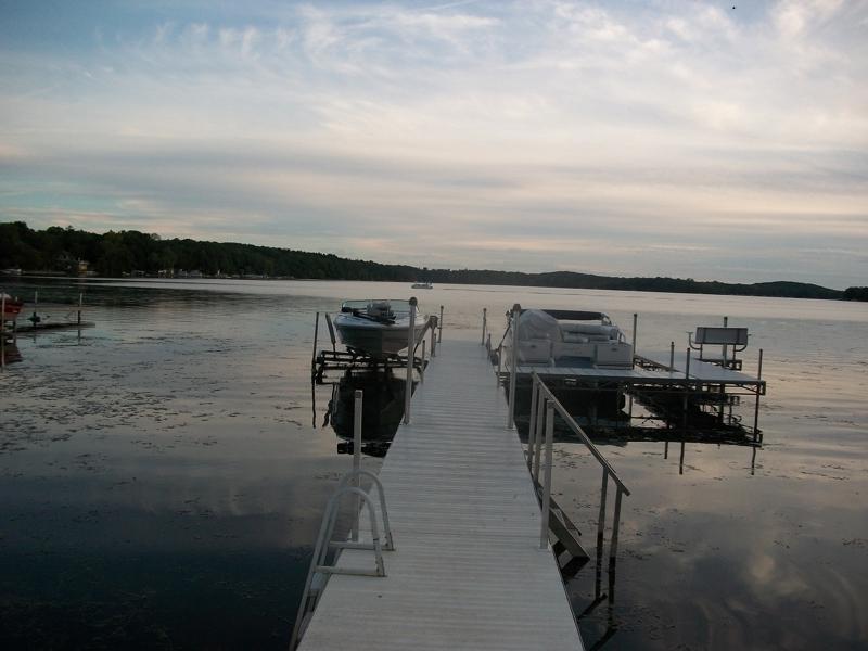 waukesha county lake homes,waukesha county lake homes for sale,lake homes for sale in waukesha county wisconsin,tom braatz