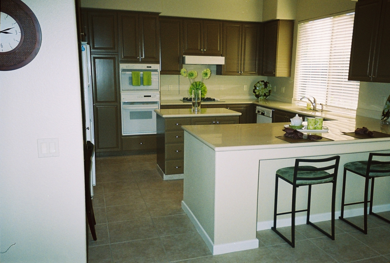 Home Staging: Kitchen After