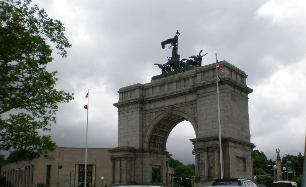 grand army plaza brooklyn