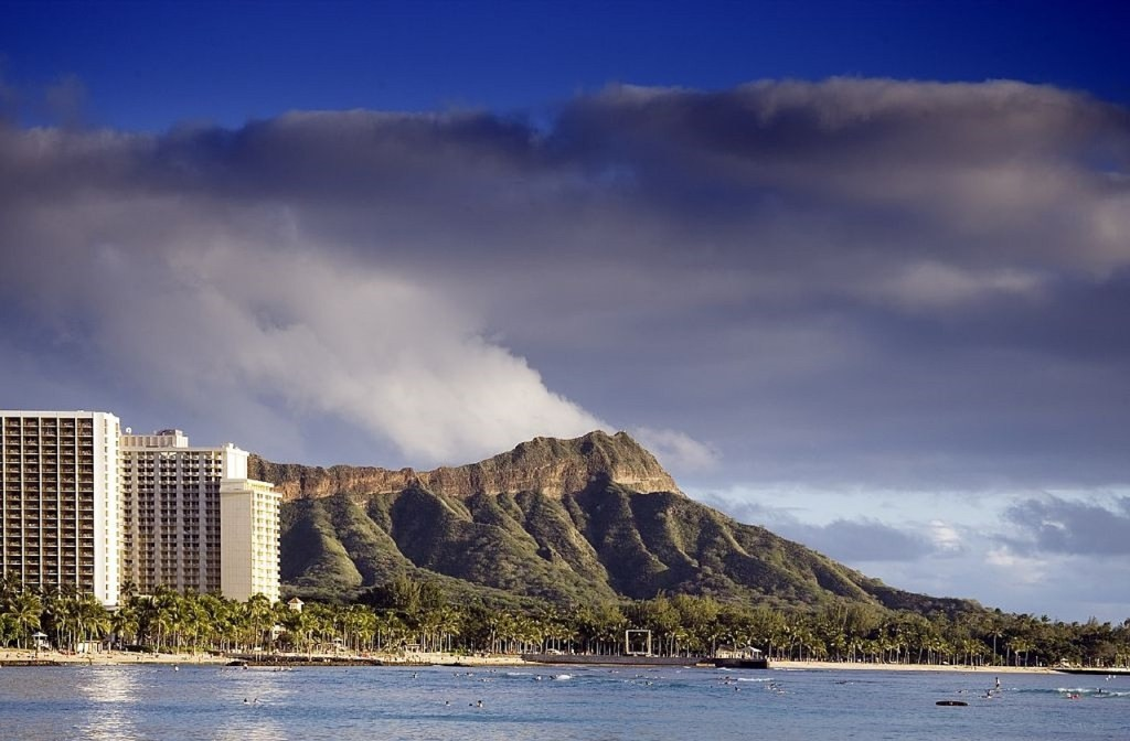 Diamond Head State Monument Hike – Best Hikes Of Oahu