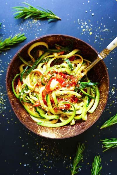 This is vegan zucchini spaghetti with rosemary tomato