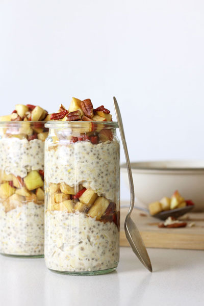 Apple Cinnamon Vegan Overnight Oatmeal Recipe