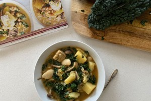 This is white bean chilli recipe made by Active Vegetarian