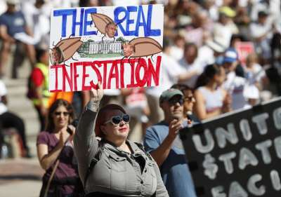 Protest Poster - The Real Infestation = Trump & Co.