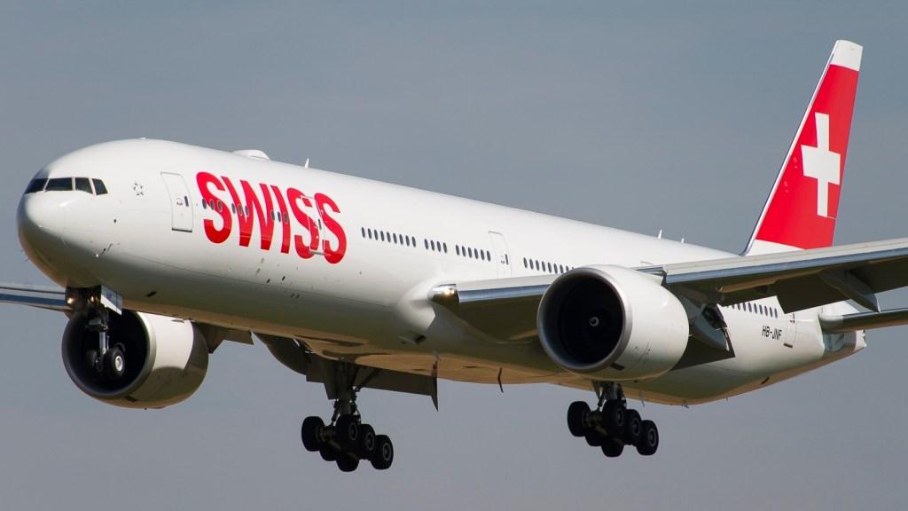 Boeing 777-3DE(ER) Swiss HB-JNF
