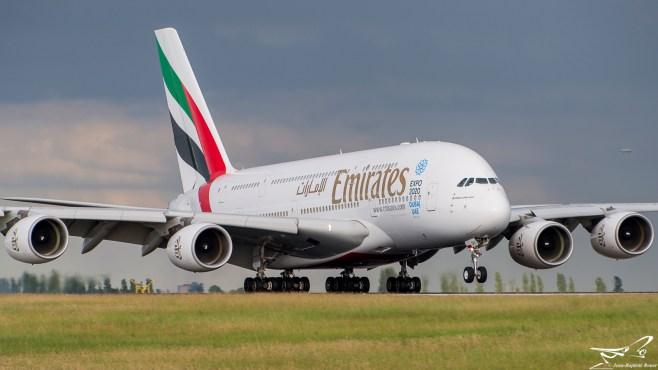 Airbus A380-861 Emirates A6-EDV