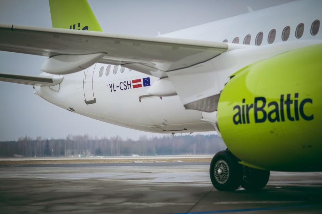 YL-CSH / Bombardier CS300 airBaltic