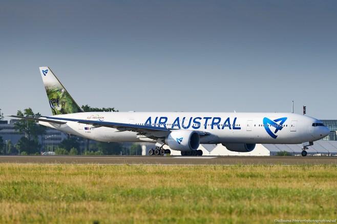 Boeing 777-300 Air Austral
