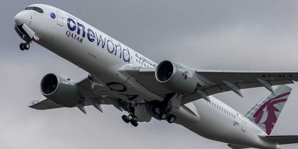 1er A350 Qatar livrée One World F-WZFO / MSN143 / A7-ALZ