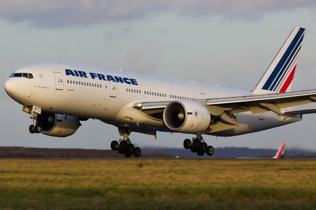 Boeing 777-228(ER) Air France / F-GSPP