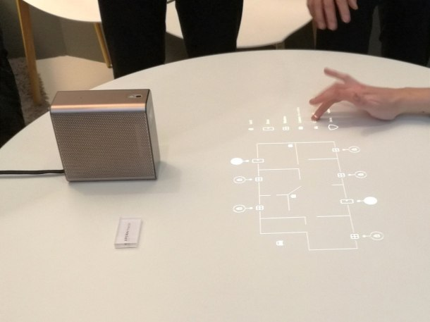 mwc2016-Sony-Xperia-Projector