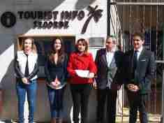 Inauguración de la pantalla táctil en la Tourist Info de Segorbe