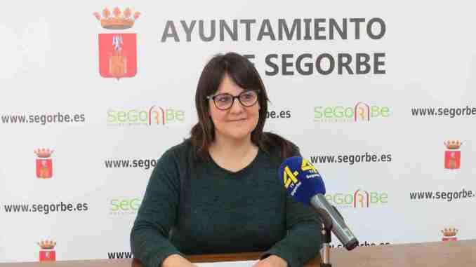 La Concejala de Bienestar Animal de Segorbe, Yolanda Sebastián, en rueda de prensa