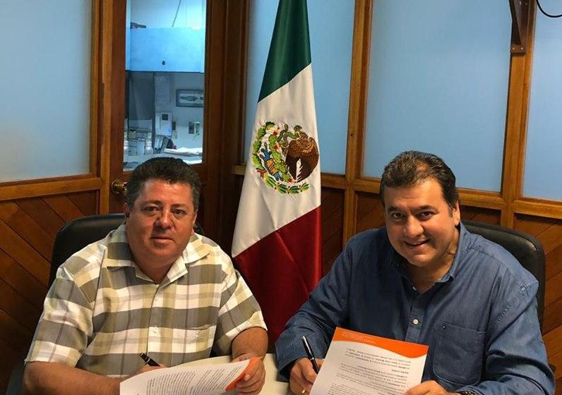 Grupo Drogavet firma contrato con México