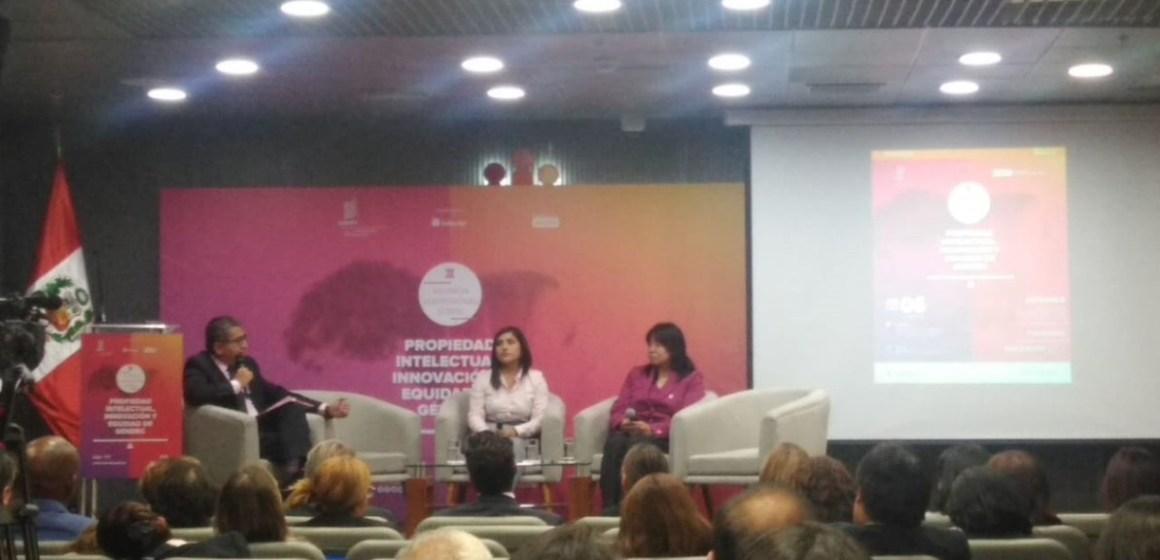 Dra. Ysabel Koga expuso sobre propiedad intelectual y empoderamiento de las mujeres
