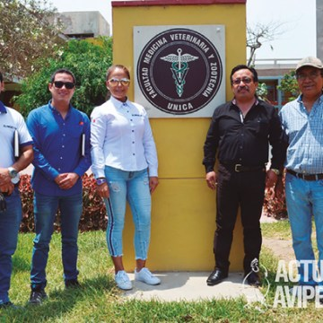 Alimencorp recibe visita de profesionales ecuatorianos de ESPOCH
