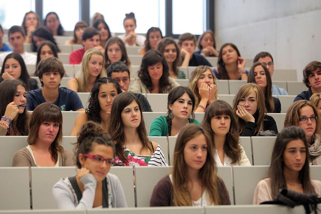 La UPNA ofrece formación sobre salidas profesionales en organismos europeos
