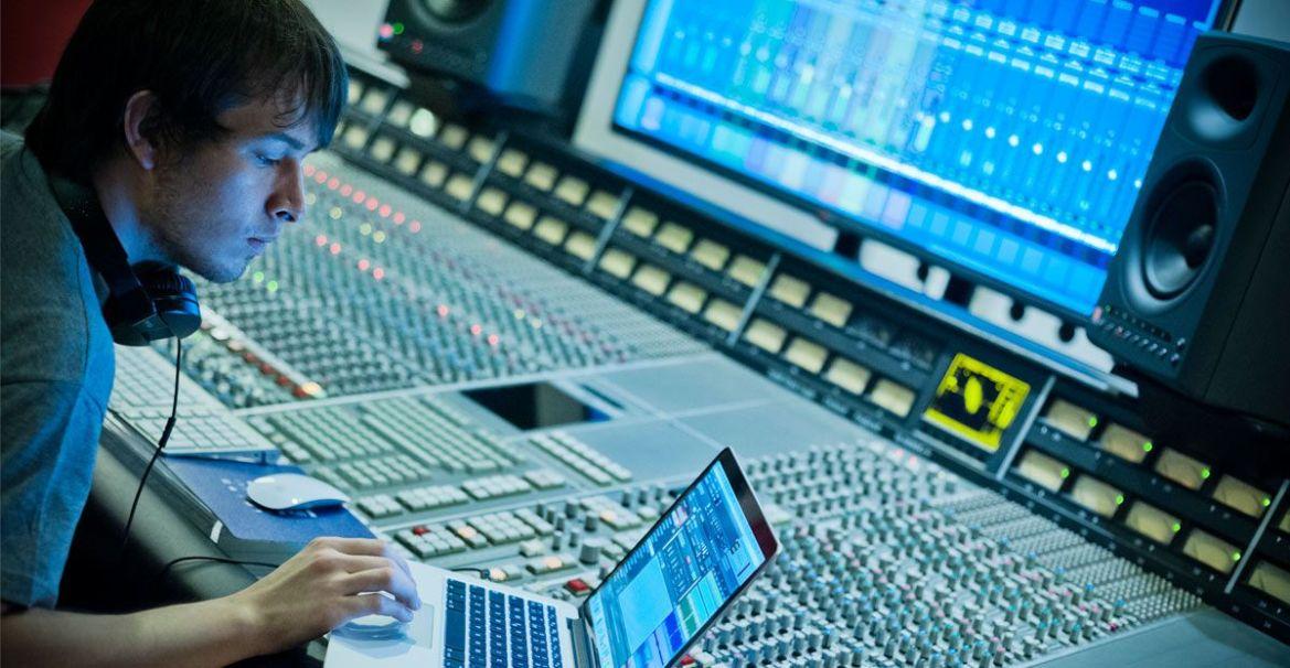 Reseña en Devuego de «Producción musical y diseño de sonido para videojuegos»