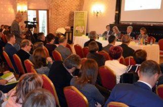"""Inspectori ITM din mai multe județe s-au reunit la Giurgiu ca să discute despre """"Locuri de muncă sănătoase pentru toate vârstele"""""""