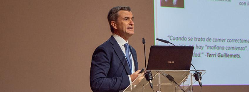 UNEATLANTICO remet sa médaille d'honneur à Maurizio Battino, directeur scientifique de FUNIBER