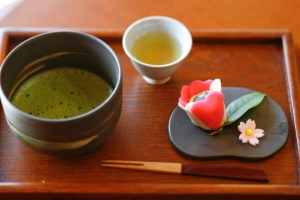 matsue-wagashi-japanese-confectionery-and-matcha-green-tea