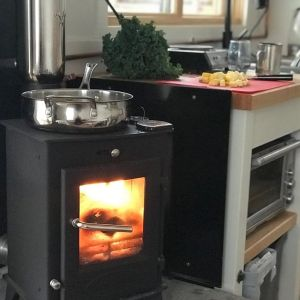 The Dwarf 4k stove