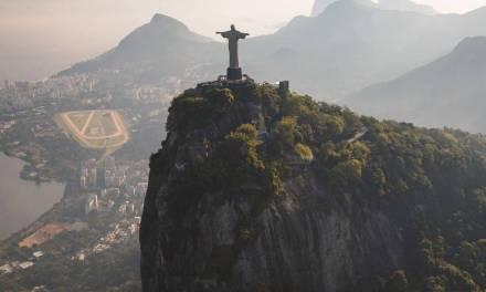 Vue de Rio de Janeiro lors d'un tour en hélicoptère …