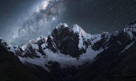 Magnifique photo nocturne en montagne