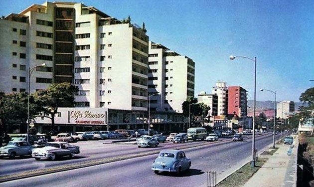 Ciudades. Caracas, 1954