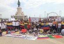 Venexos manifientan su rechazo a la dictadura en Venezuela