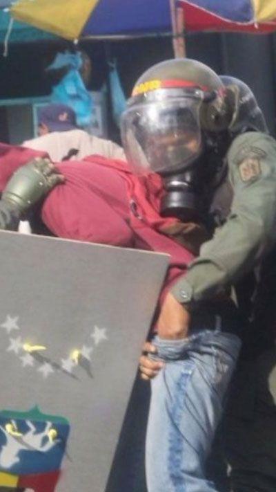 De la mano contra el pueblo: Despojo a gran escala y raterismo policial