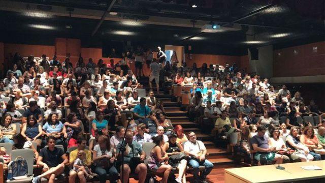 Más de 800 voluntarios soportan la Consulta Popular en Madrid