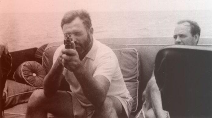 En sus mejores momentos, Hemingway era una fiesta