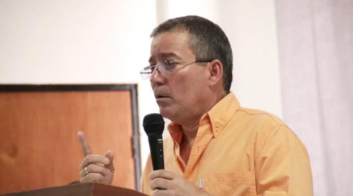 En Venezuela el G2 se llama Julio César
