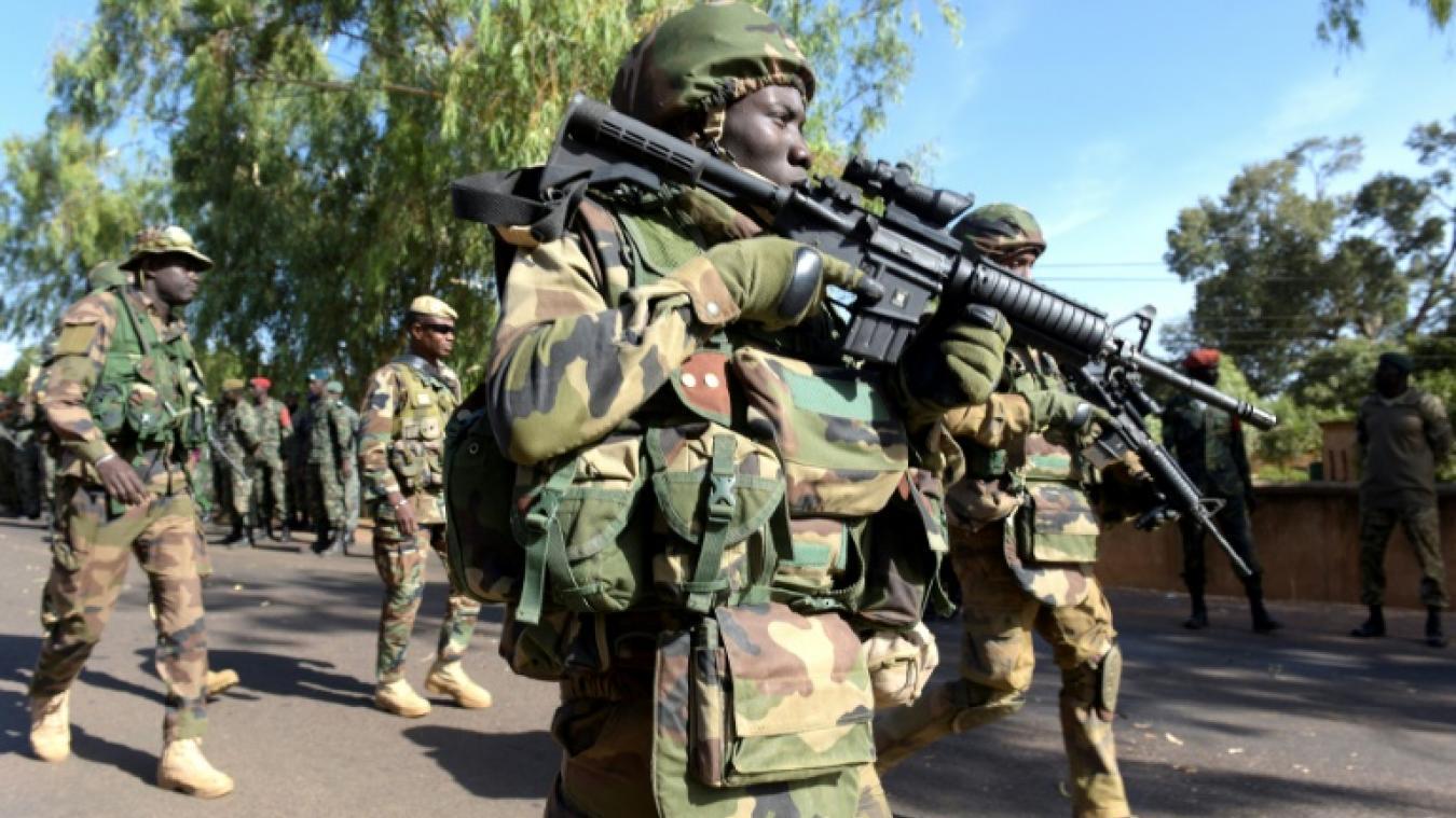 GAMBIE: échange de coups de feu entre soldats de la CEDEAO et militaires gambiens