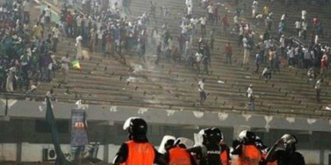SENEGAL : suspension des manifestations sportives après la mort de huit personnes dans un stade