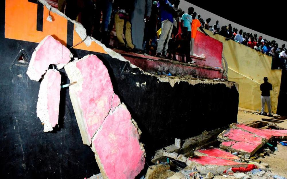 SENEGAL : des échauffourées entre supporters font huit morts dans un stade à Dakar