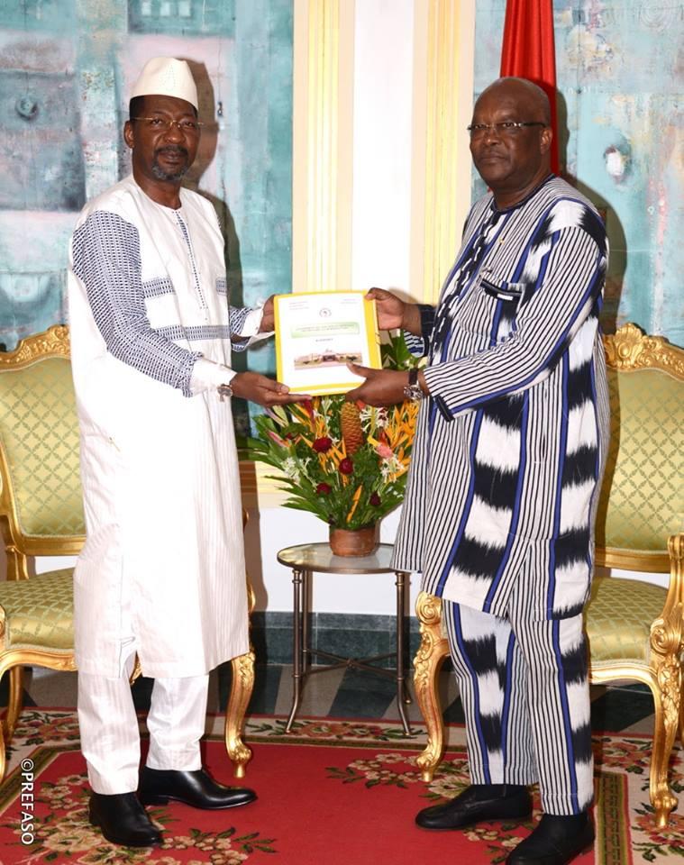 SITUATION SECURITAIRE : le rapport  de la commission parlementaire ad'hoc remis au président du Faso
