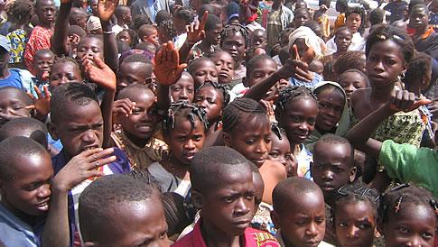 MALI: 150 enfants tués depuis le début de l'année et près de 400000 en danger