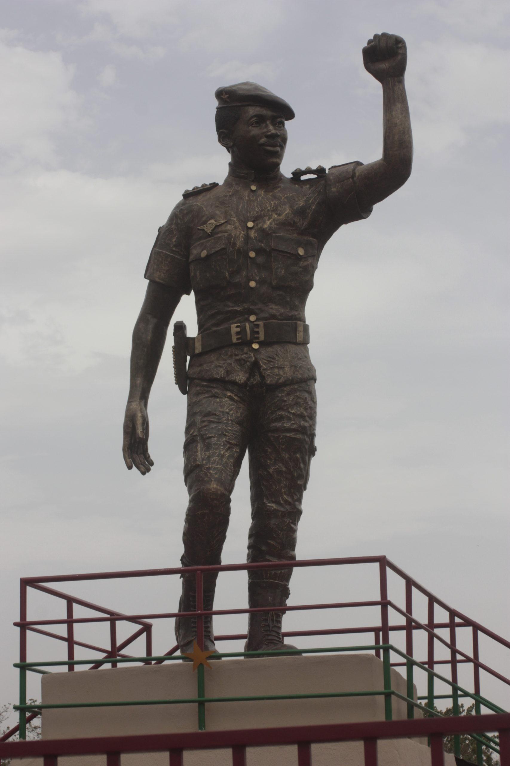 CONSEIL DE L'ENTENTE: La statue de 8 m de haut de Thomas Sankara devoilée