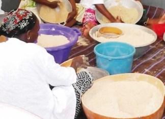 Les transformatrices de mil au Sénégal